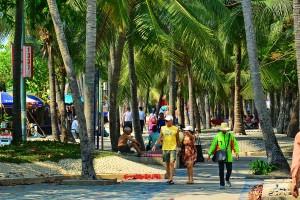 Thailand_Pattaya_beach_road__walkway_1415_2